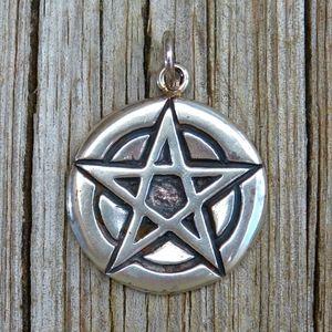 Vintage 925 Wiccan Pentacle Medallion Pendant